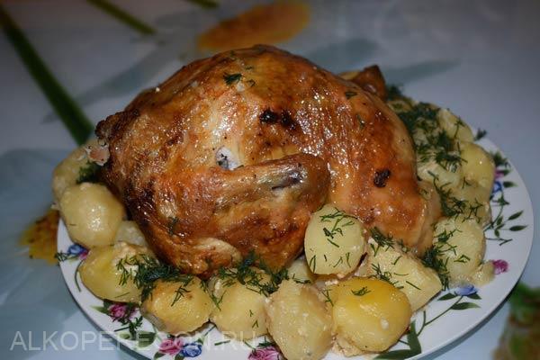 Курица на бутылке в духовке с пивом в медово горчичном маринаде