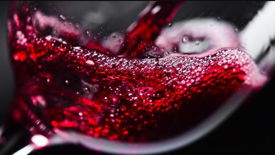 Сколько бродит вино: длительность и этапы процесса сбраживания, срок в домашних условиях и факторы, влияющие на ферментацию