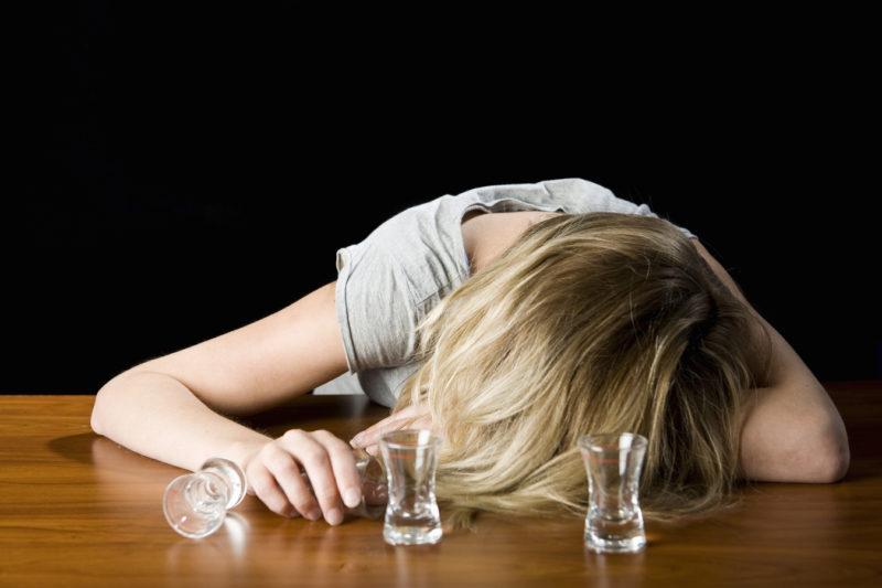 Что такое запой, псевдозапой, запойный алкоголизм и его лечение
