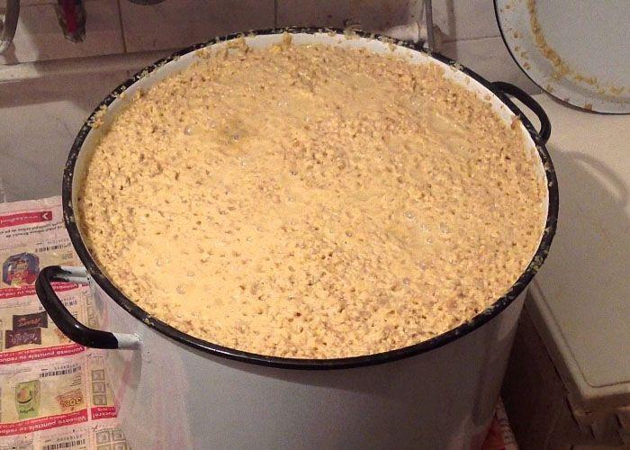 Как приготовить самогон из кукурузы. Рецепт бурбона.